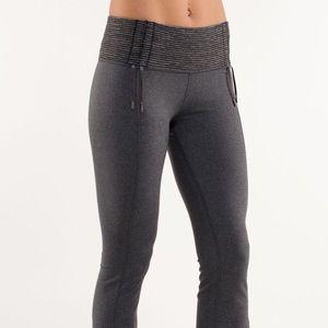 Lululemon Yoga Recognition Pant Size 12 EUC